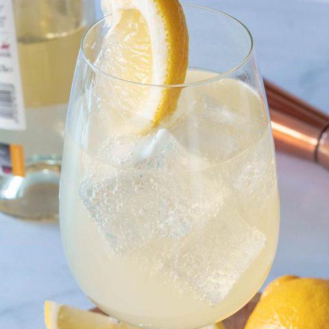 Lemonade Spritzer in a glass